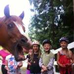 kuda ikutan selfie