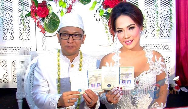 Jenny Cortez Resmi Dinikahi Tomy Adrianto