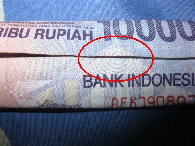 lambang illuminati uang 10000
